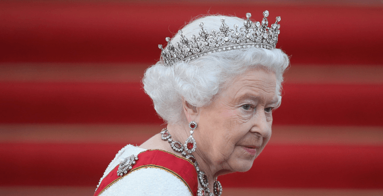 Елизавета II отказалась праз…