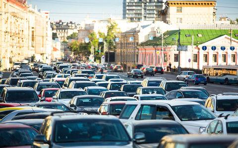 Стало известно, сколько в России автомобилей made in Russia