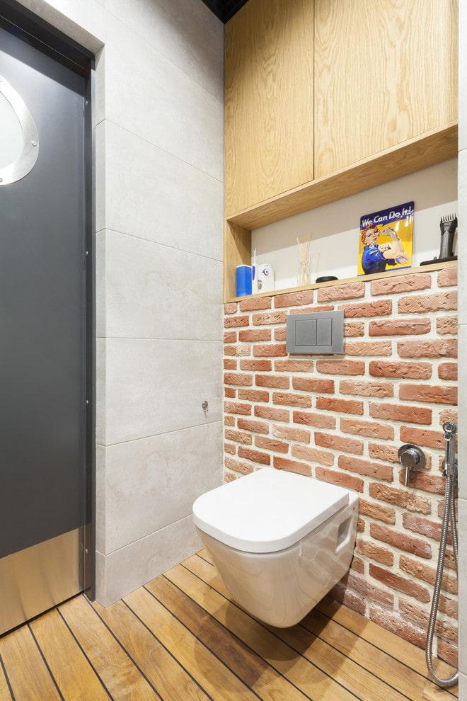 ниша за унитазом в интерьере ванной