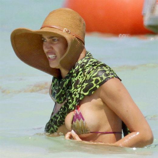 Кошмар на пляже: неудачные выходы звезд в купальниках