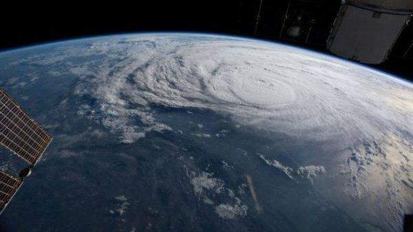 Лазерная пушка России против космического мусора: СМИ Запада рассказали об «испарителе спутников»