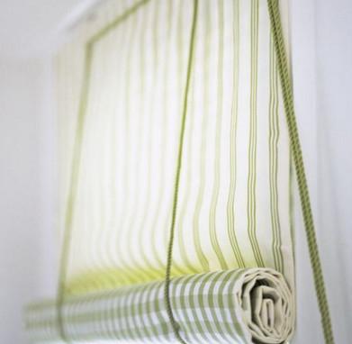 Рулонная штора своими руками — это очень просто и легко…