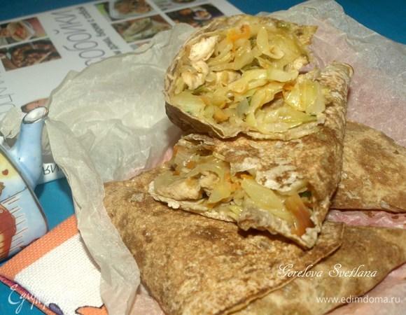 Пирожки из лаваша с курицей и капустой