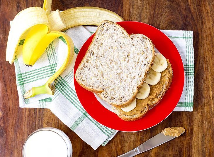 pb-banana-sandwich