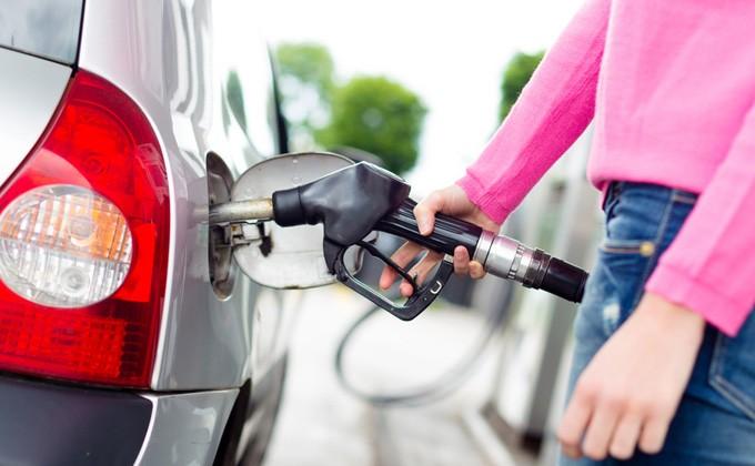 76% АЗС недоливают бензин: как мошенничают на заправках?