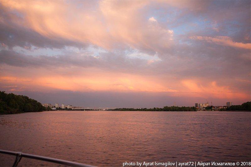 Вечерняя прогулка на яхте по Иртышу путешествия, факты, фото