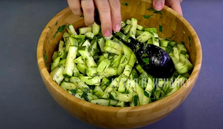Потрясающая заготовка из кабачков на зиму: просто и вкусно. Проверен не одним годом!