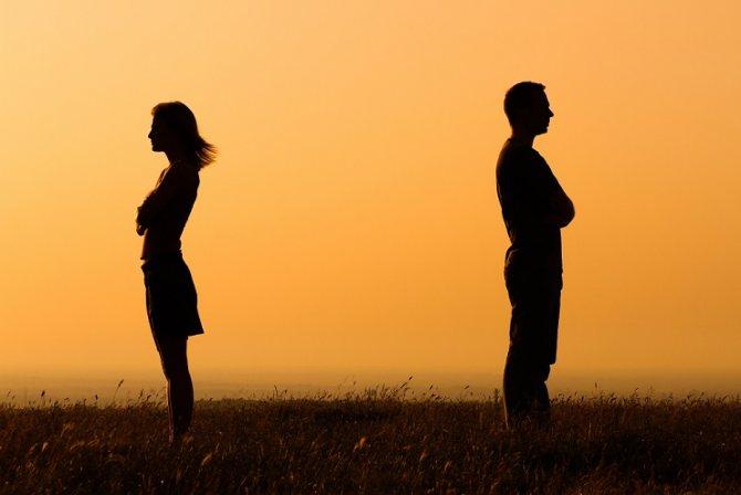 Кругом сплошной абьюз: почему мы всё чаще боимся вступать в отношения?