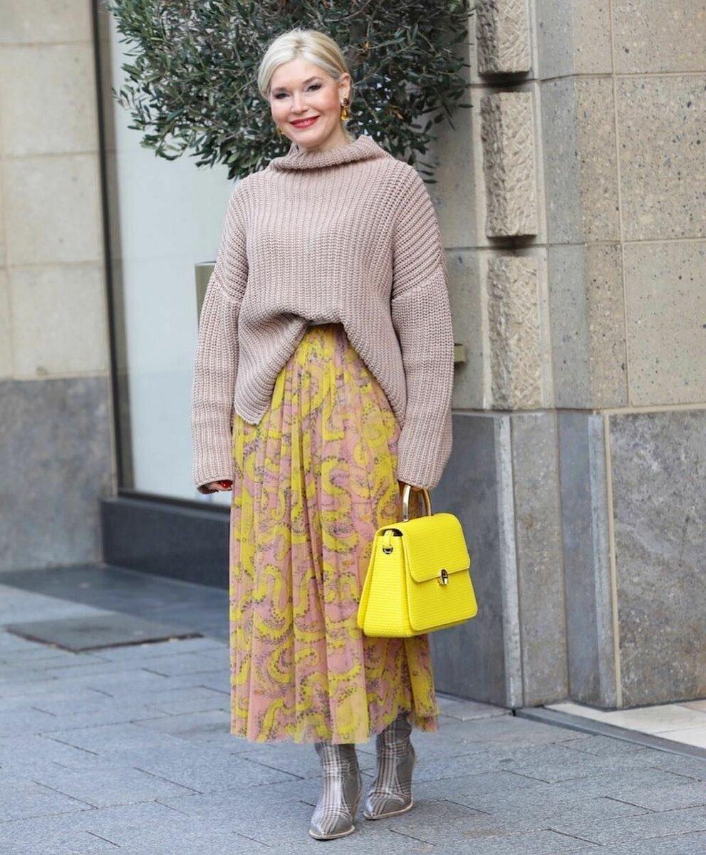 10 стильных примеров как носить макси и не выглядеть бабушкой. Советы для женщин 50+ гардероб,мода,мода и красота,модные образы,модные сеты,модные советы,модные тенденции,обувь,одежда и аксессуары,уличная мода