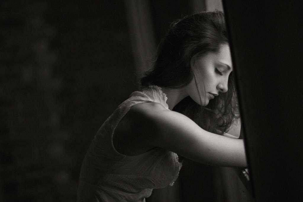 Молитва от уныния и отчаяния: тексты, когда и как читать, советы священнослужителей