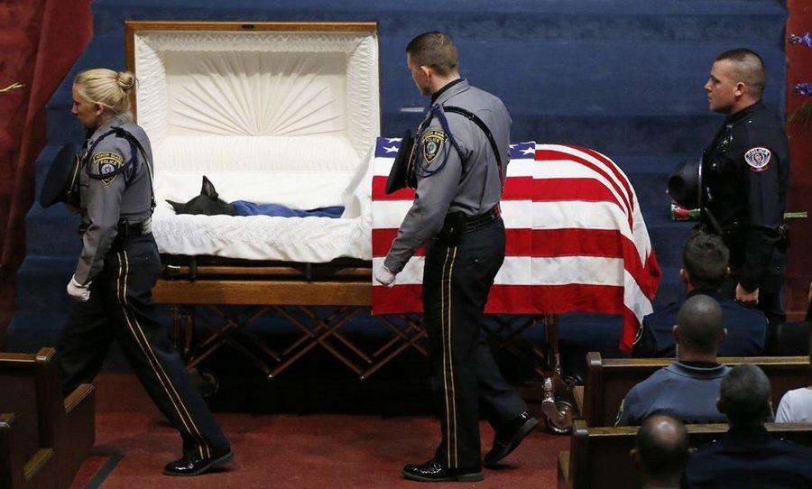 Похороны четвероногого офицера полиции