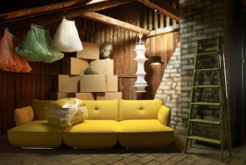 creative-colorfull-interior-design-yellow-sofa
