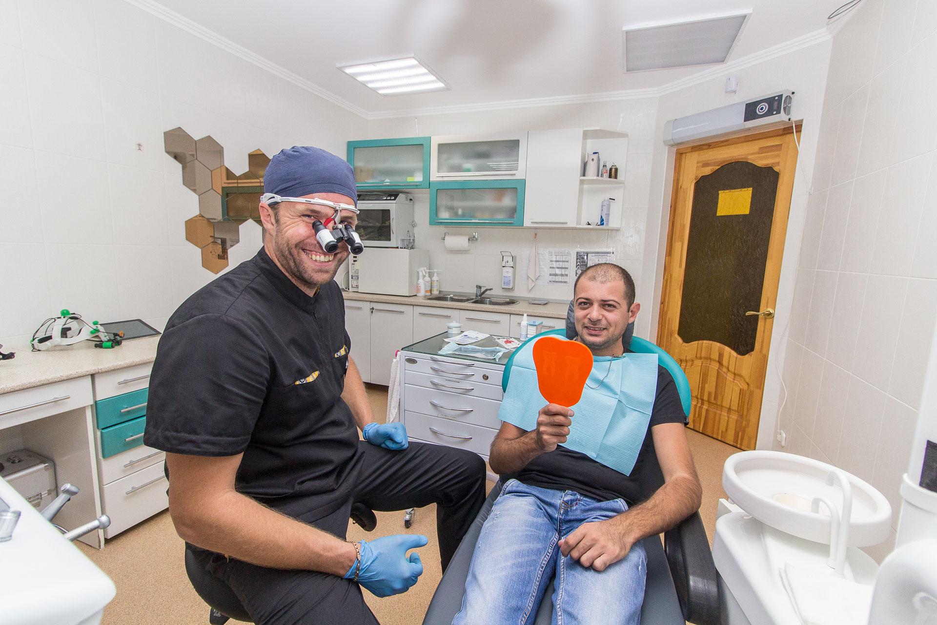 Девушка возмущена, что российская стоматология бесплатна для сирийцев
