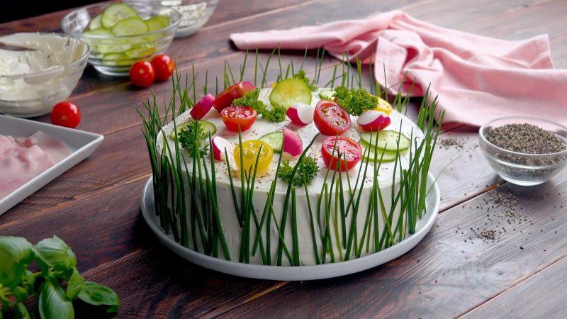 Бутербродные тортики: самое летнее блюдо на закуску. Вкусно