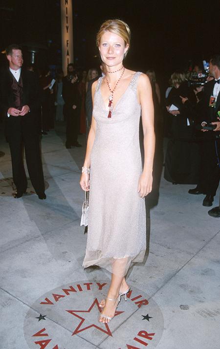 """Гвинет Пэлтроу выставила на благотворительный аукцион платье, которое называет """"одним из своих главных модных провалов"""" allinchallenge,Звезды,Новости о звездах"""