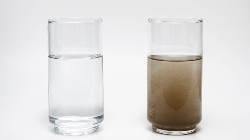 Грязная вода в стакане картинки