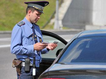 Верховный суд разрешил водителям не выходить из автомобилей