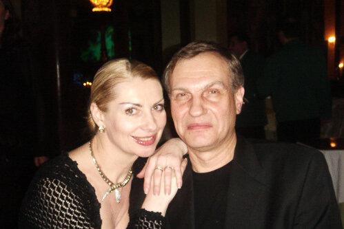 Два брака и сегодняшняя жизнь популярного ведущего программы «Счастливый случай». Михаил Марфин