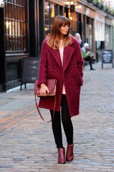 17 примеров, как носить оттенок «красная груша» и выглядеть шикарно
