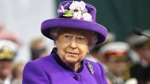 Елизавета II «глубоко огорче…