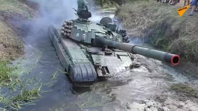 Хохма на Висле: польские танкисты опозорились, «воюя с русскими»