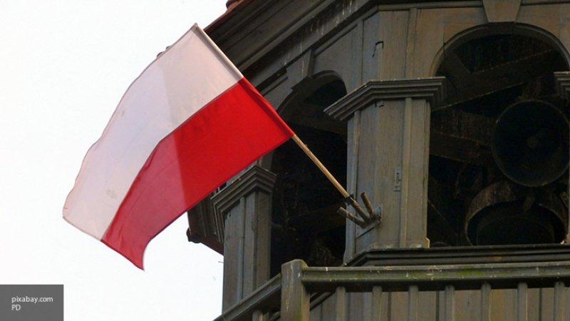 """""""Не экономика, а чистая политика"""": экспертназвал выгоды США и Польши от контракта по СПГ"""