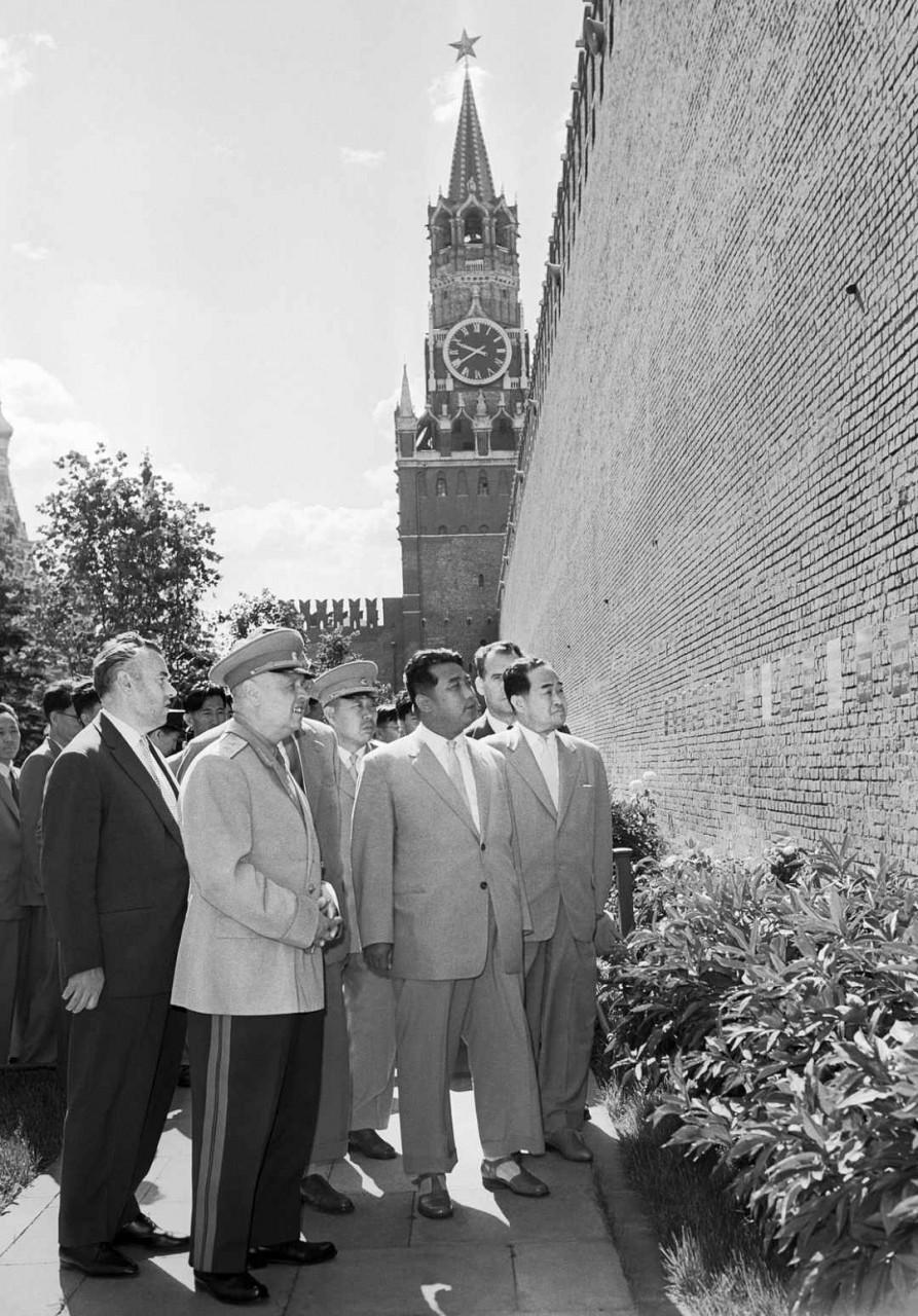 Генсек Рабочей партии Кореи Ким Ир Сен  в Москве. 1961 г Ким Ир Сен
