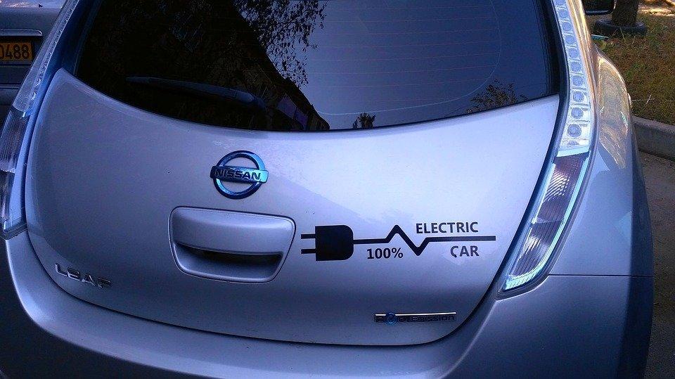 Нужен новый имидж: депутат Госдумы оценил идею присвоить зеленые госномера электрокарам