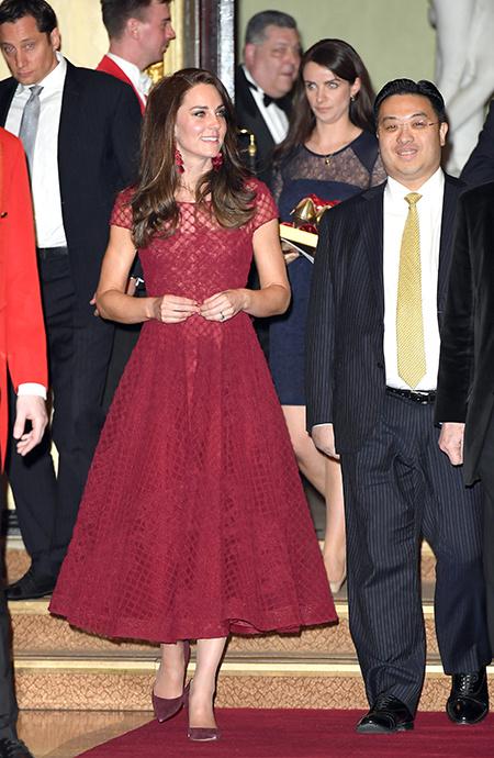 Кейт Миддлтон уволила личную помощницу после того, как та вернулась из свадебного путешествия Монархи,Британские монархи