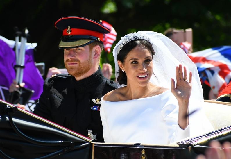 Принц женился на простолюдин…
