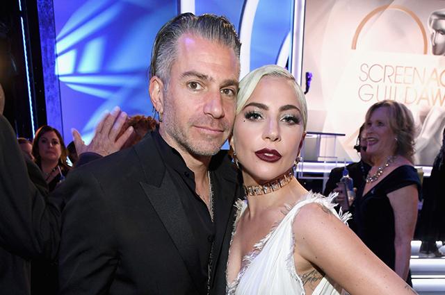 Фанаты уверены, что Леди Гага посвятила новую песню своему экс-бойфренду Кристиану Карино