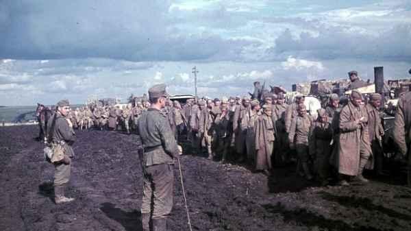 Почему об уничтожении советских военнопленных известно меньше, чем про холокост история