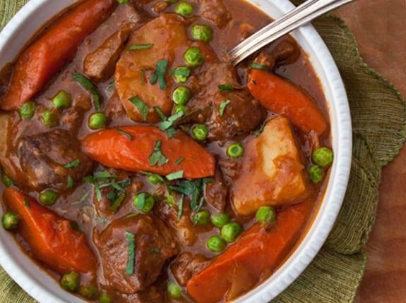 Тушеная баранина с овощами в казане: рецепт и советы по приготовлению