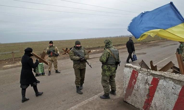 В Киеве придумали, как насолить въезжающим старикам из Донбасса в Украину