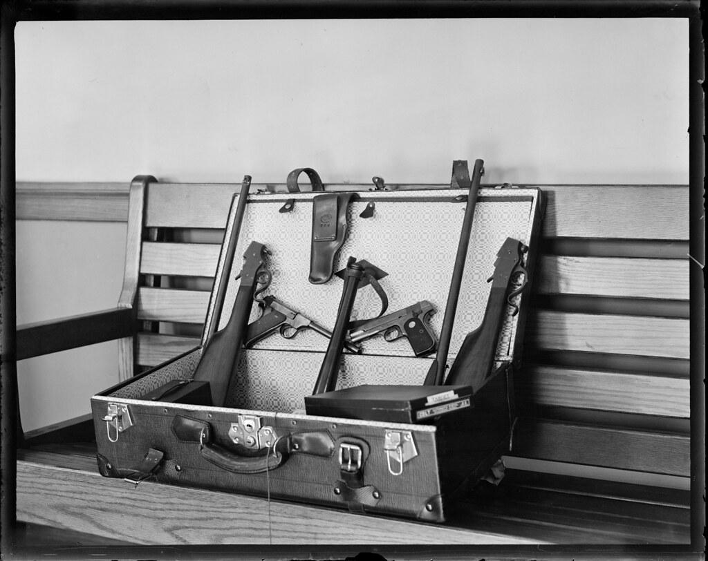 Пора бы вспомнить:  Великая Депрессия 1930-тых  в фото из архива бостонской полиции