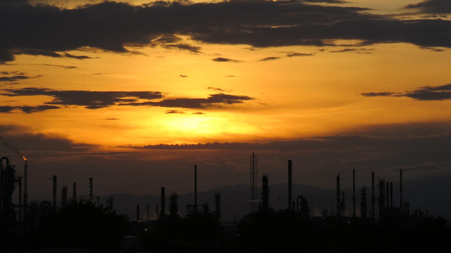 Кто прокормит нефтяников? Цена льгот для добывающих компаний