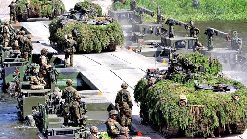 НАТО собирается перекрыть Ро…