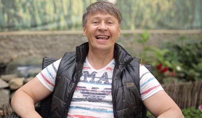 Звезда «Уральских пельменей» высмеяла малоимущих россиян