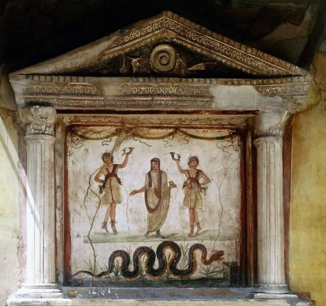 Десятка удивительных обычаев древности