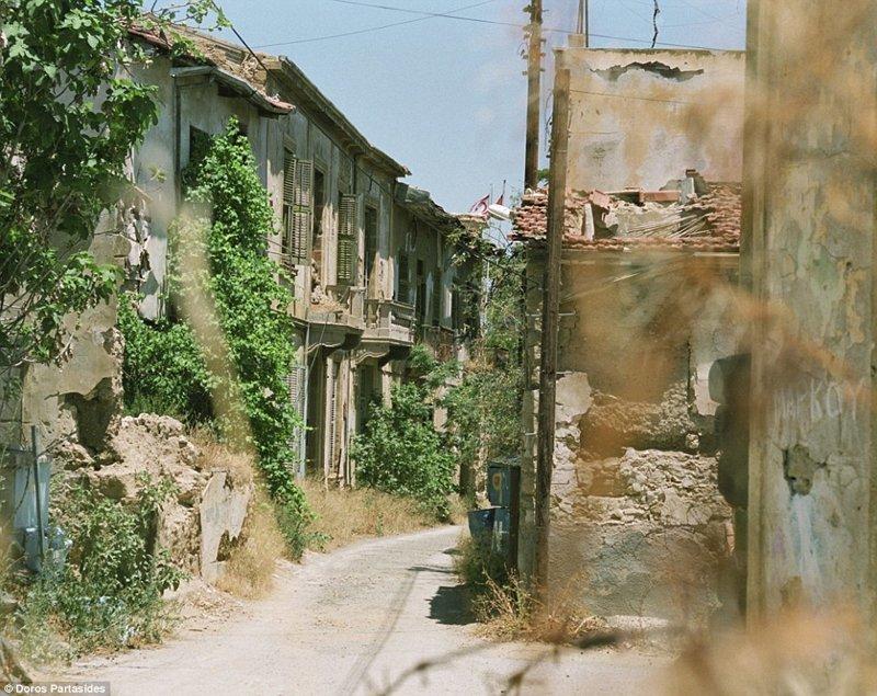 Сегодня Зеленую линию можно пересекать в семи пограничных пунктах без особых проблем и перемещаться с севера Кипра на юг так часто, как вам нужно военная операция, зона, кипр, нейтральная, познавательно, разделение, столица, турция