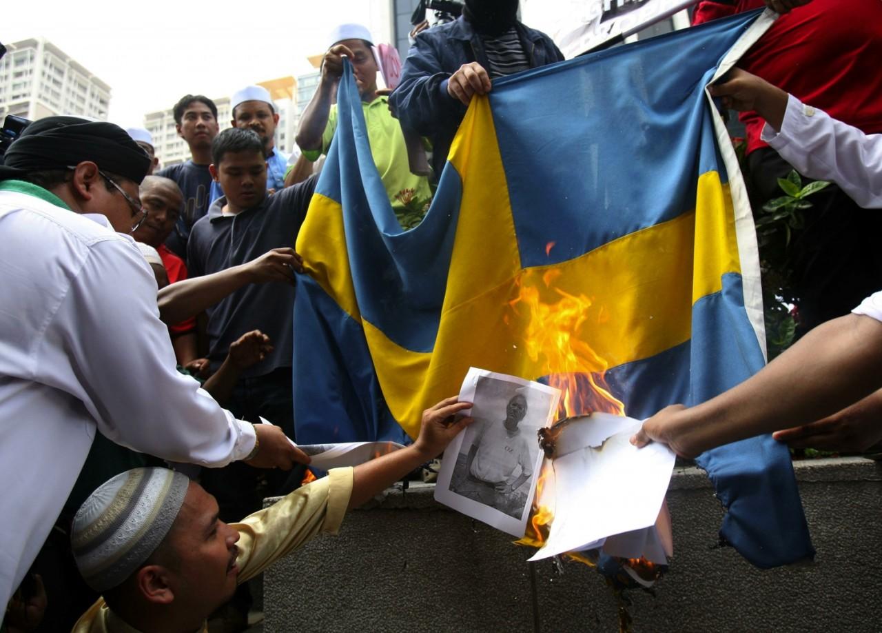 Шведы в шоке от решения суда по мигранту