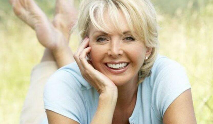 Четыре не столь очевидных признака, которые выдают возраст любой женщины