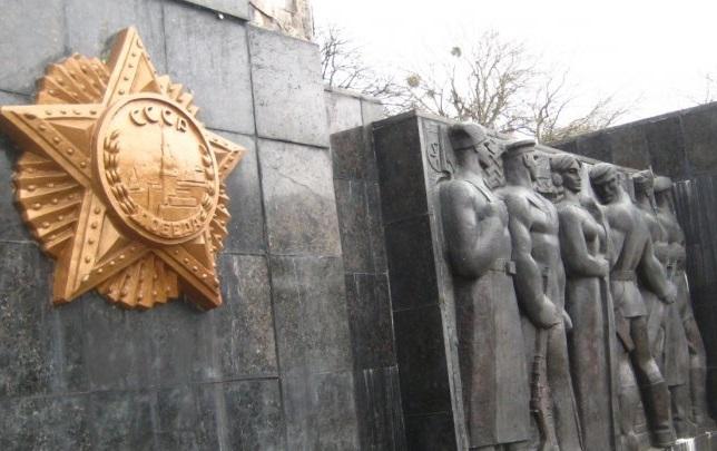 Львовские депутаты хотят снести Монумент Славы