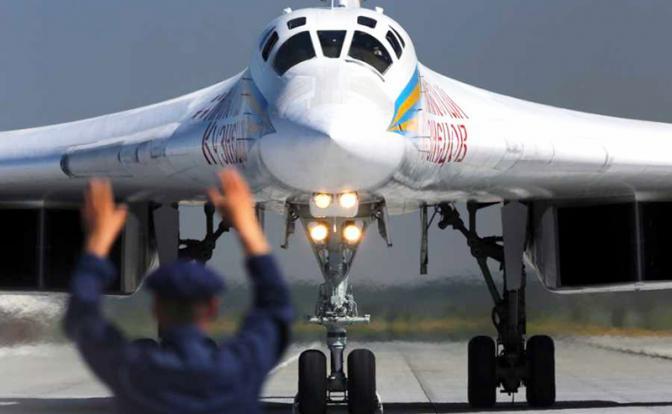 Судьба ПАК ДА: Два «стратега» Россия не осилит