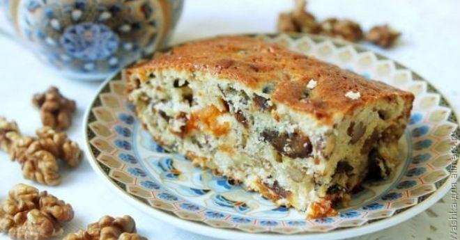 Кекс -Ореховая мазурка- с сухофруктами