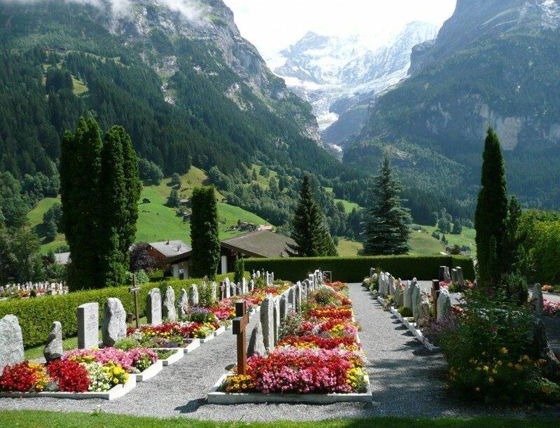 Место на кладбище - престижный подарок жизнь в Швейцарии, интересно, факты, швейцария