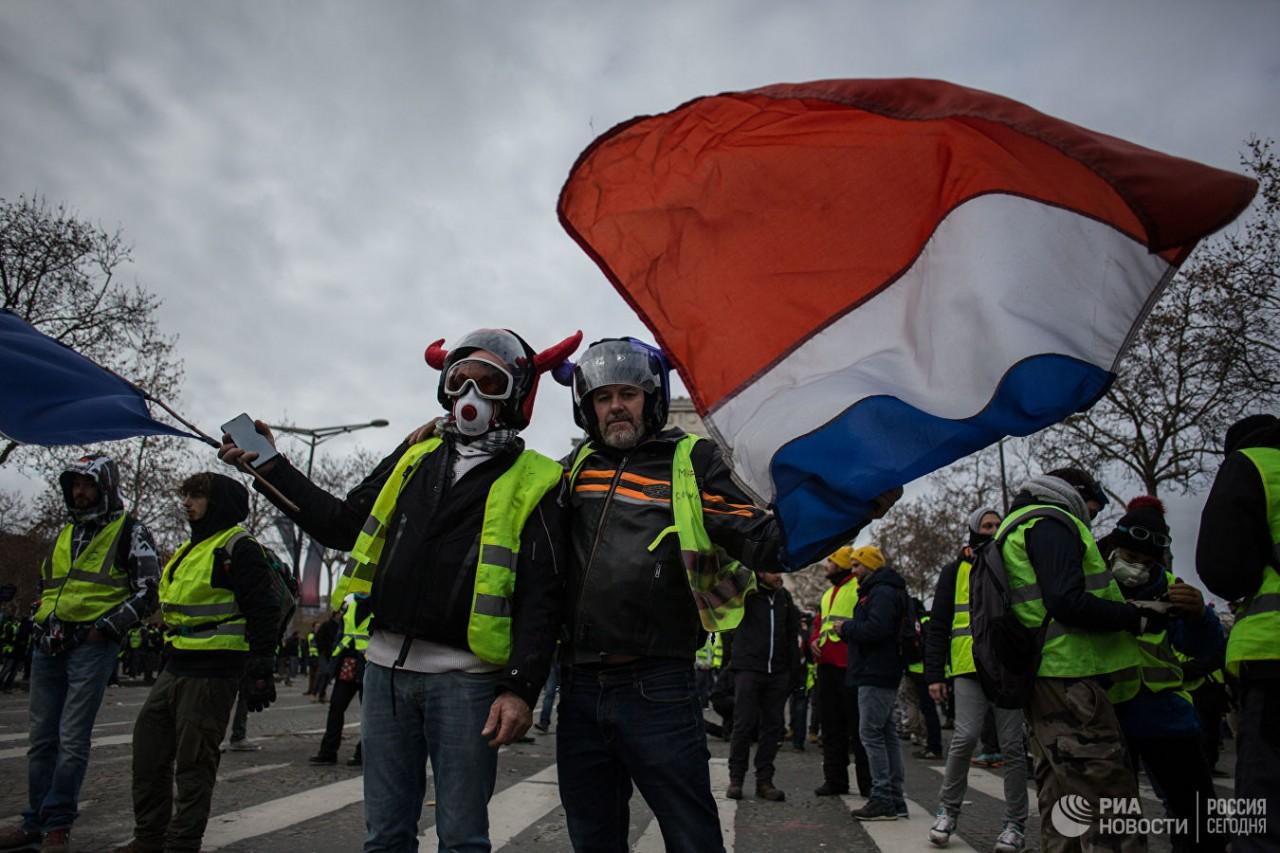 Майдан в Париже: Трамп стави…