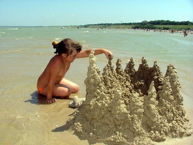 Целебные грязи у Азоского моря