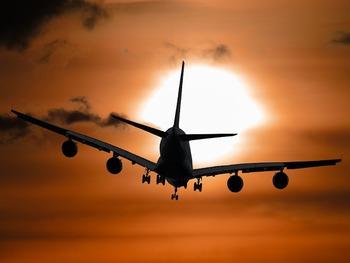 В Волгограде из-за смерти пассажирки экстренно сел самолет