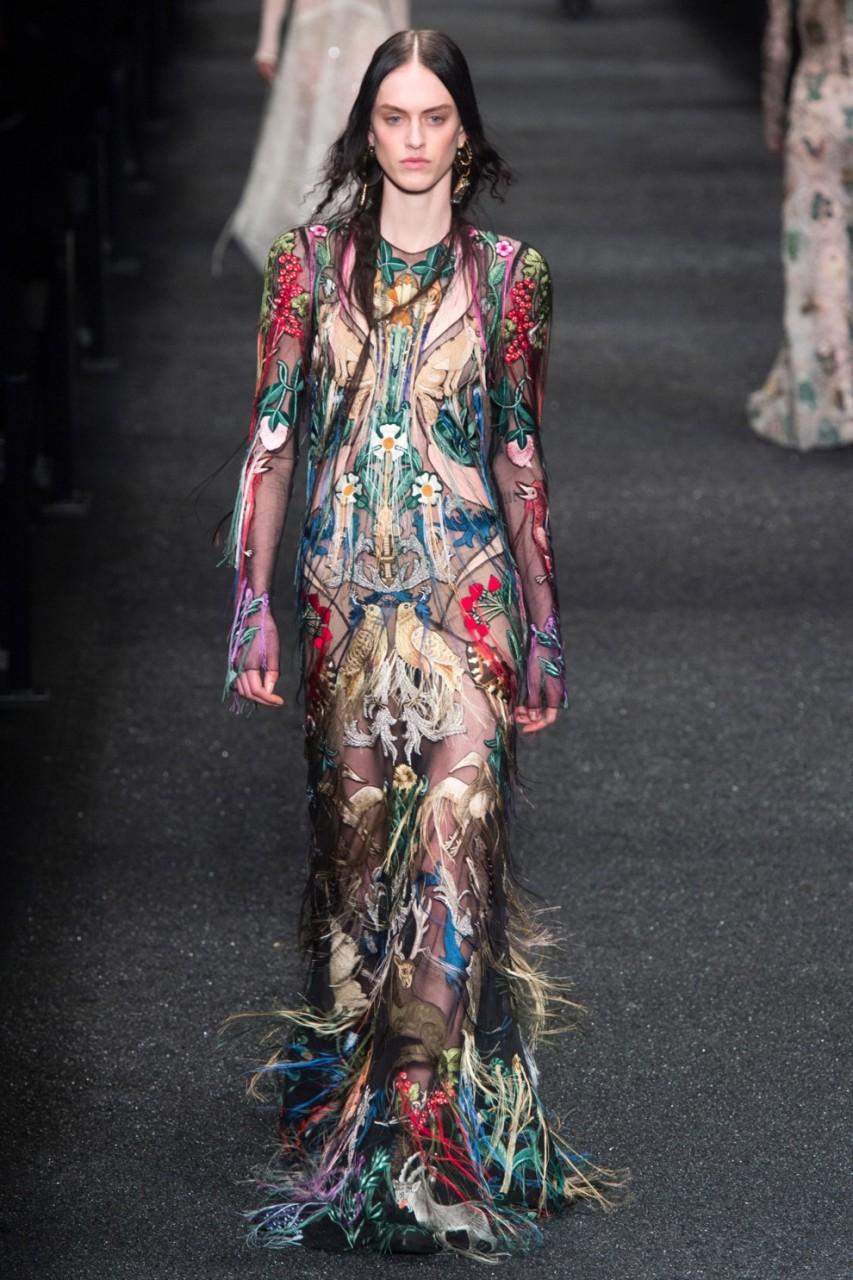 В чем встретить Новый год: платья с фантазийными узорами